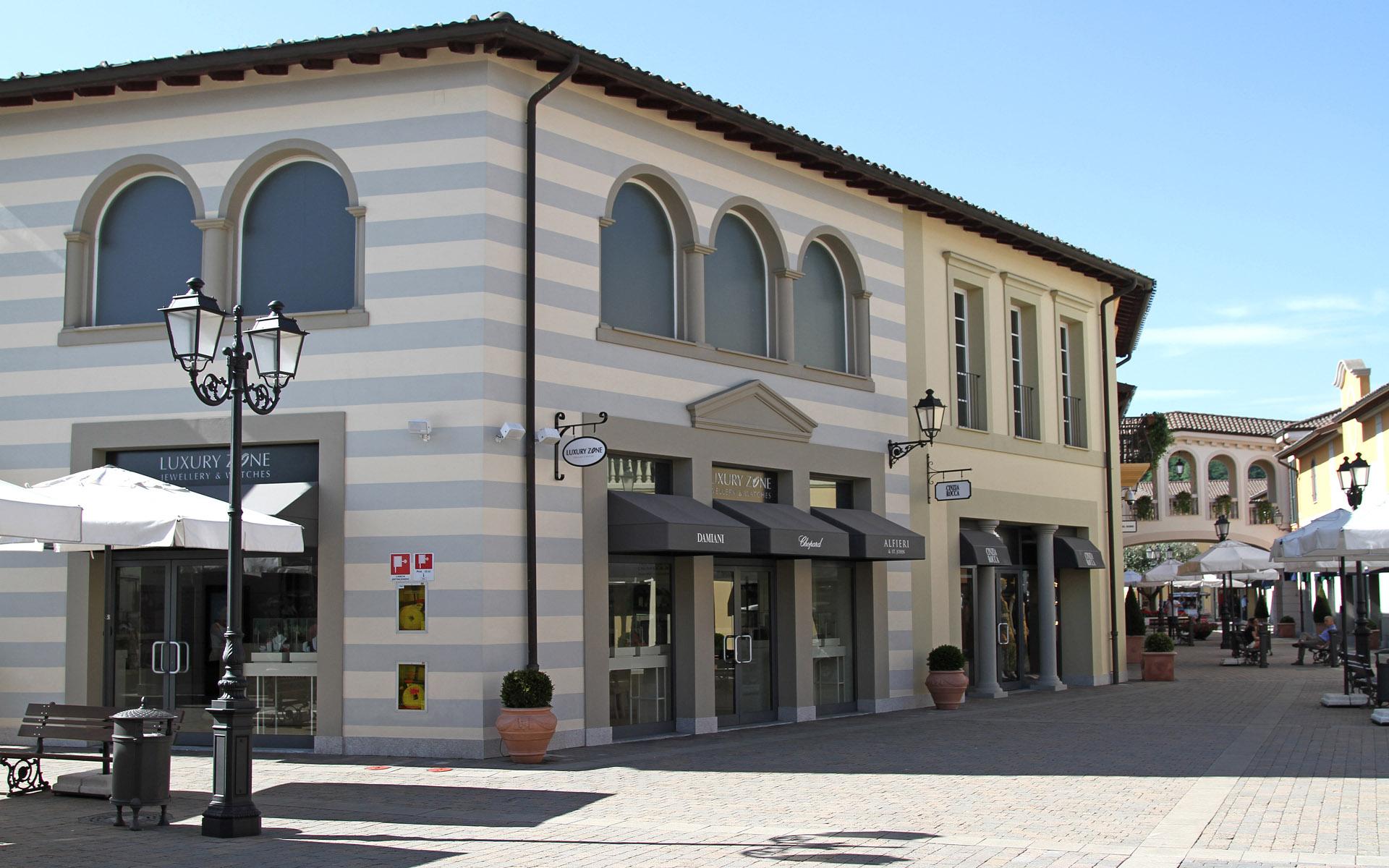 Serravalle designer outlet r p engineering for Serravalle designer outlet milan